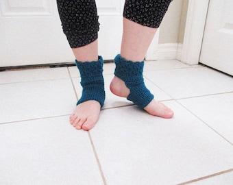 Primrose Yoga Socks Patter