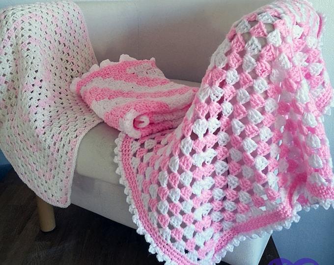Granny square blanket, Throw, Crochet blanket, Homemade quilt, Bed cover, Patchwork quilt, Corner to Corner blanket, Vintage, Pink, Cream,
