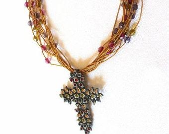 Cross, short necklace with Rhinestone u.Perlchen, short necklace with cross and rhinestone