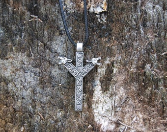 Elder Futhark Algiz Necklace