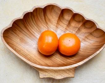 Vintage Mid-Century Modern Retro Wooden Bowl Shell-Shape, Wooden Bowl Ocean Theme,  Retro hölzerne Schüssel Shell-Form, Holz Schale