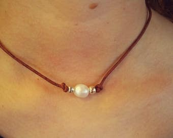 Leather and Freshwater pearl with silver plated beads