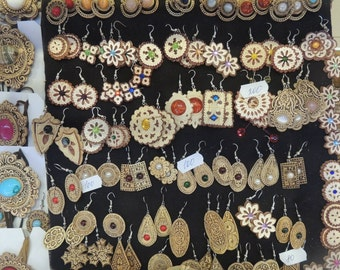 Earrings & Necklaces