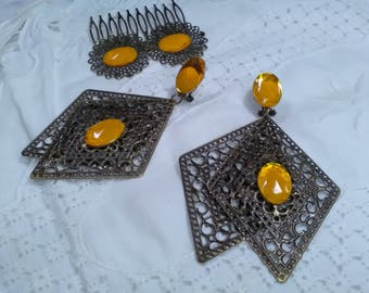 Old gold filigree earrings and peinecillo, agate yellow earrings, lady earrings, Mother's Day,