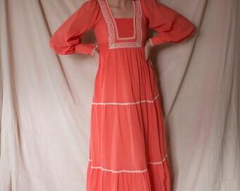 1970's Prairie Dress / Peasant / Poet Sleeve / Maxi / Jody T of California / Small