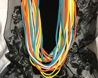 Lycra Necklaces 100% handmade.