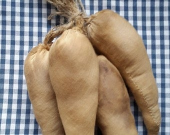 Primitive grubby parsnips.UK buyers only