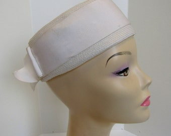 1960's white pill box hat by Clover Lane