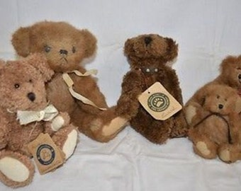 5 Vintage Boyds Bears with Tags