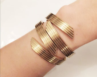 Hinged Cuff Bracelet, Goldtone, Statement Bangle, Clamper Bracelet, Vintage