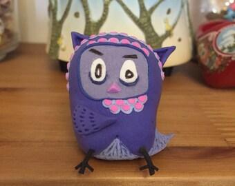 The owl;manual owl;handwork;light clay owl