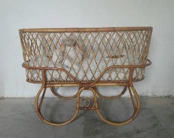 Elegant Rattan Crib Cradle Bassinet designed by Dirk Van Sliedregt for Rohe Noordwolde
