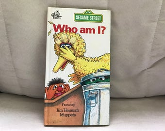 Sesame Street Book--Who Am I? Featuring Big Bird