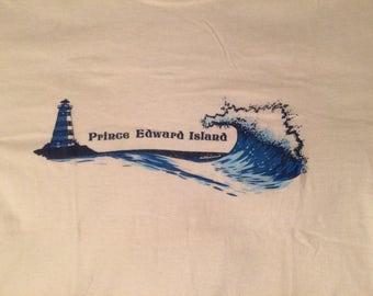 Vintage 80's Prince Edward Island Canade T-shirt