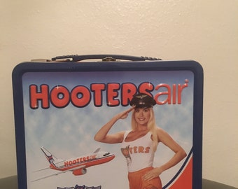 HootersAir Classic Lunchbox