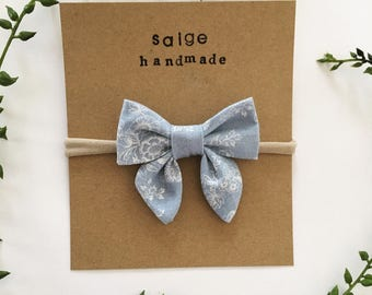"""Chloe Bow """"Blue Willow"""""""