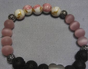 Stretchy floral/heart bead bracelet