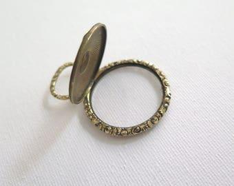 Georgian /early victorian glazed locket