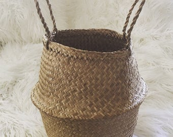 Vintage woven rattan raffia collpasable basket with handles