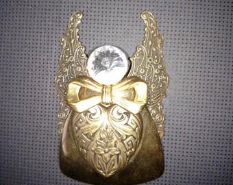 Angel Of Love Brooch/Angel Pin/Gold Angel Brooch/Designer Pin/Vintage Pin/Designer Signed Brooch/Gift Under 15.00/nr.001