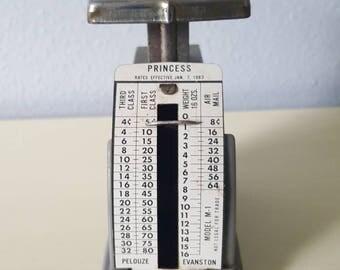 Vintage mini Postal Scale
