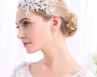 Lace crystal and pearl beaded hair piece