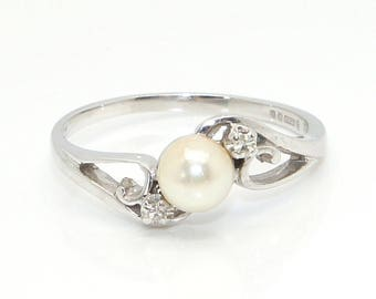 Vintage 18Ct White Gold Cultured Pearl & Diamond Accent Swirl Ring, Size Q1/2