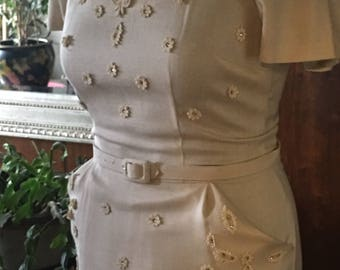 Sz 8 Vintage Wiggle dress rhinestone lace