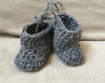 Woolly grey baby booties 0-6 months