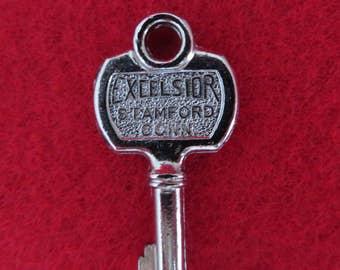 Excelsior Luggage Key, Vintage 700 Trunk Key, Skeleton Key