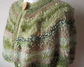 Hand Knit Capelet - Wedding Cape - Rustic Wedding - Capelet - Boho Wedding - Festival Fashion - Fairy Clothing - Shoulder Warmer - Hippie -