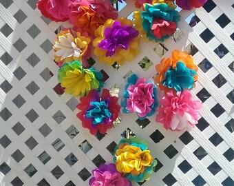 Small flores de papel mexicanas