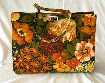PRICE REDUCED!! Margaret Smith, Gardiner, Maine Vintage Floral Fabric Handbag