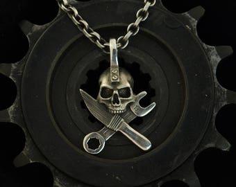 """""""Culture pirate"""" - solid -.935 Silver Pendant"""