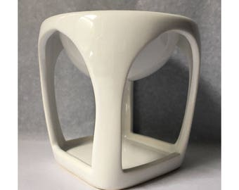 White Ceramic Open Flame Oil Burner / Wax Melt Burner