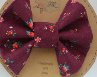 Vintage Floral Fabric Bow - Baby Bow - toddler Bow - Floral bow - clip-in bow