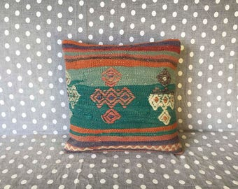 Kilim pillow, handmade cushion, turkish rug, vintage pillow, throw pillow, kilim cushion cover, bohemian pillow, tribal decor - TV0001
