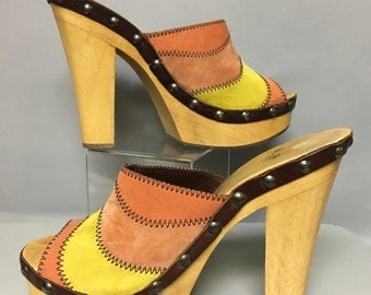 Awesome Vintage 1970's Wood & Leather HIPPIE PLATFORM High Heel Shoes Size 7 1/2 38