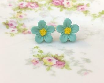 Aqua Daisy Studs, Aqua Flower Earrings, Flower Girl Earrings, Surgical Steel Studs, KreatedbyKelly