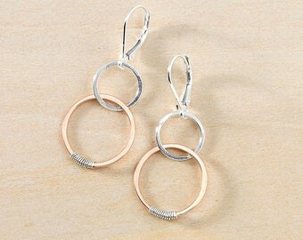Sterling Silver and Rose Gold Filled Linked Circles Earrings, Pink Gold Mixed Metal Hammered Jewelry, Pink & Silver Earrings, Circle Jewelry