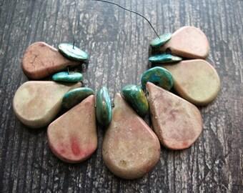 Satin Mahogany Jasper Briolettes and Peruvian Opal Bead Set - 15 pieces