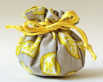 Jewelry case, jewelry roll, jewelry pouch in yellow paisley on gray, yellow & grey, travel jewelry case, white, yellow, jewellery case