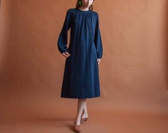 60s knit tent dress / wool knit midi dress / vintage navy dress / s / m / 614d / B7