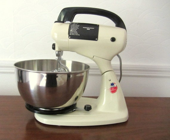 Hamilton Beach Scovill Countertop Electric Mixer