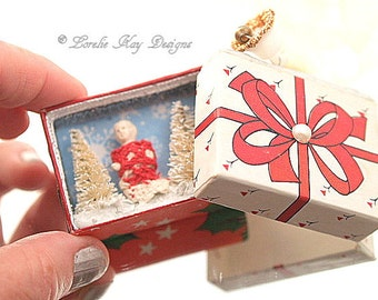 Tiny Frozen Charlotte Ornament Gift Box Tiny Doll in Box Decoration Miniature Diorama One-of-a-Kind Diorama Pendant