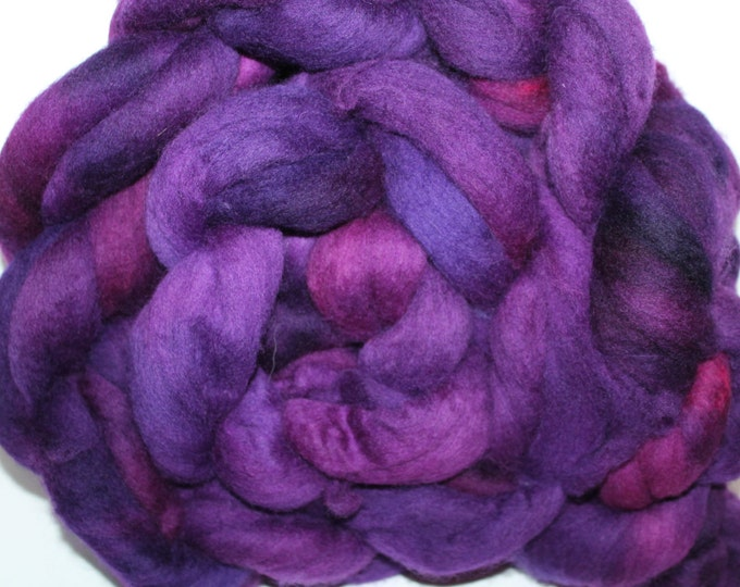 Kette Dyed Polwarth wool top. Roving. Spin. Felt. Super Soft. 1lb. FREE SHIP #P46