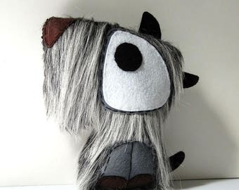 35% SALE Magnus The Dog / Eco Friendly Stuffed Plush Toy
