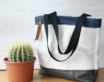Sail bag, upcycled bag, old sail bag, xxl bag, sail tote, recycled sail bag, recycled sail bag, weekend bag, white bag, white sail bag