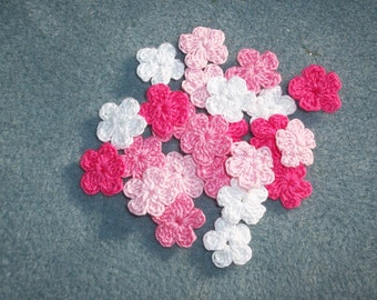 24 pink and white cotton thread crochet applique flowers -- 2561