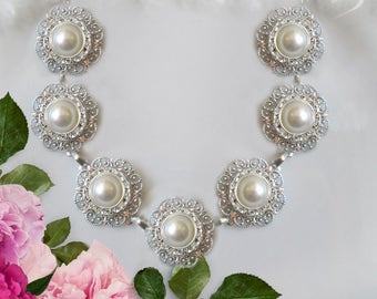 Bridal Necklace, Vintage Style, Statement Necklace, Ivory Pearl, White Pearl, Silver Jewelry, Pearl Necklace, Wedding Jewelry, radiant